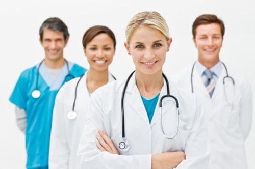 Médicos e Clínicas Médicas